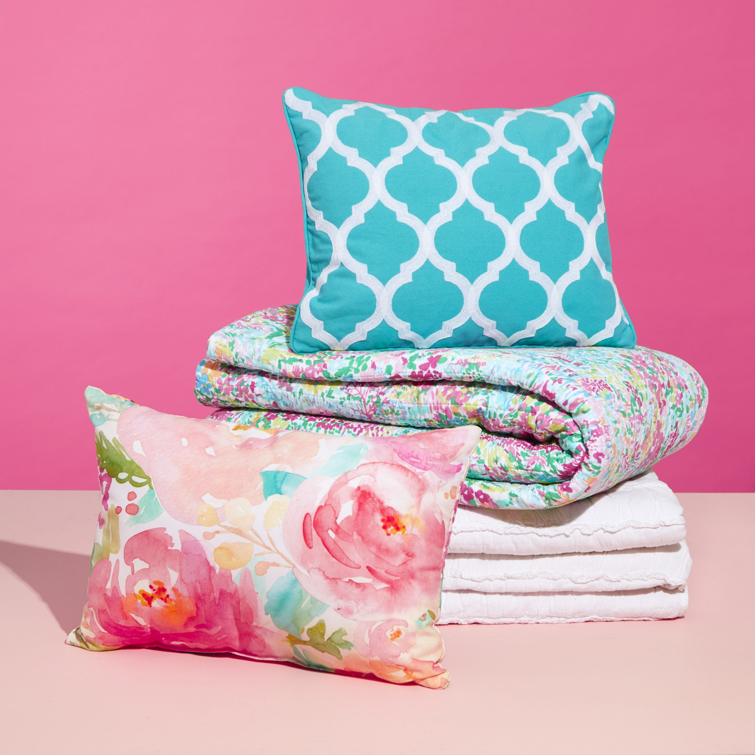 Floral and Turquoise Bedding