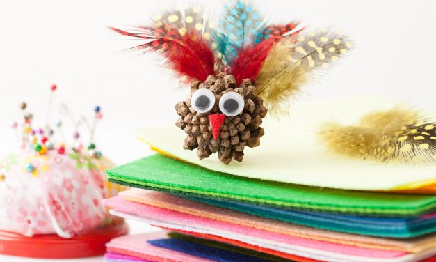 Easy & Unique Thanksgiving Craft Ideas for Kids & Pre-schoolers