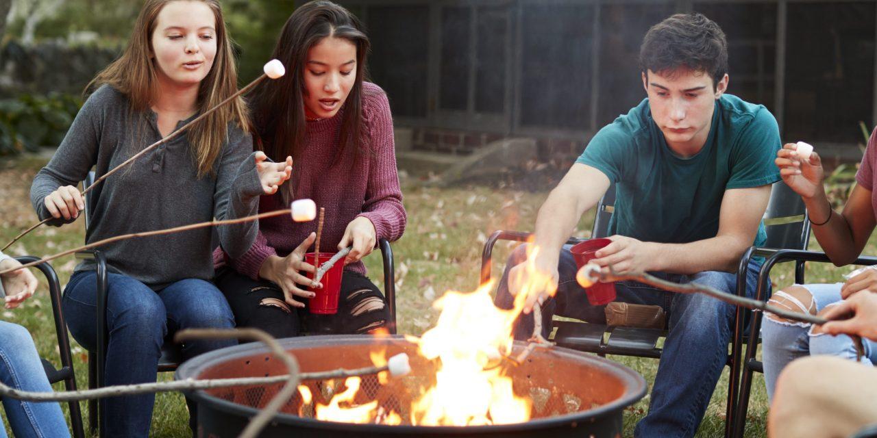 Fast, Easy DIY Backyard Fire Pit Ideas