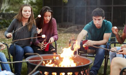 Fast, Easy DIY Backyard Fire Pit Ideas