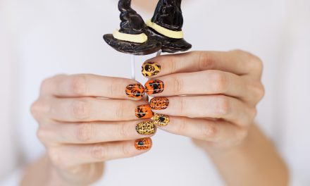 23 Spooky Designs for Your Halloween Nails