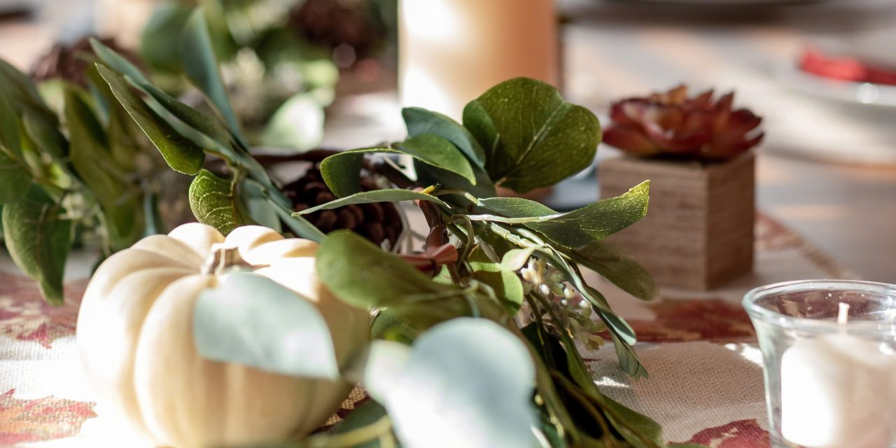 Try These DIY Ideas for Thanksgiving Centerpieces