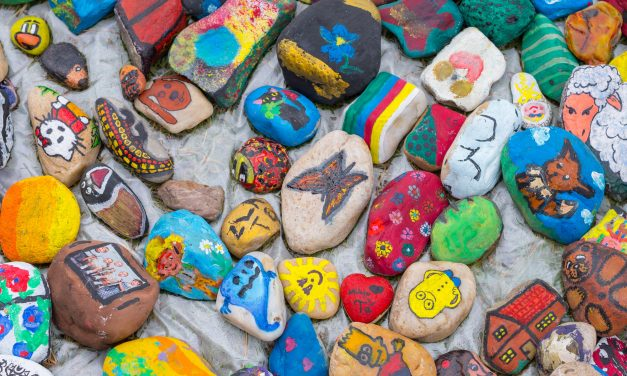 10 Ideas for Rock Painting