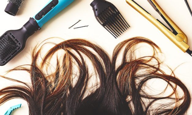 7 Tips for a Beautiful At-Home Blowout