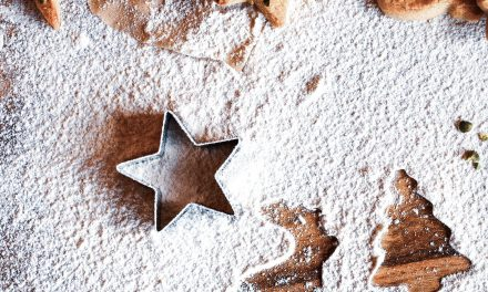 Which Flour Should I Use to Bake Holiday Treats?