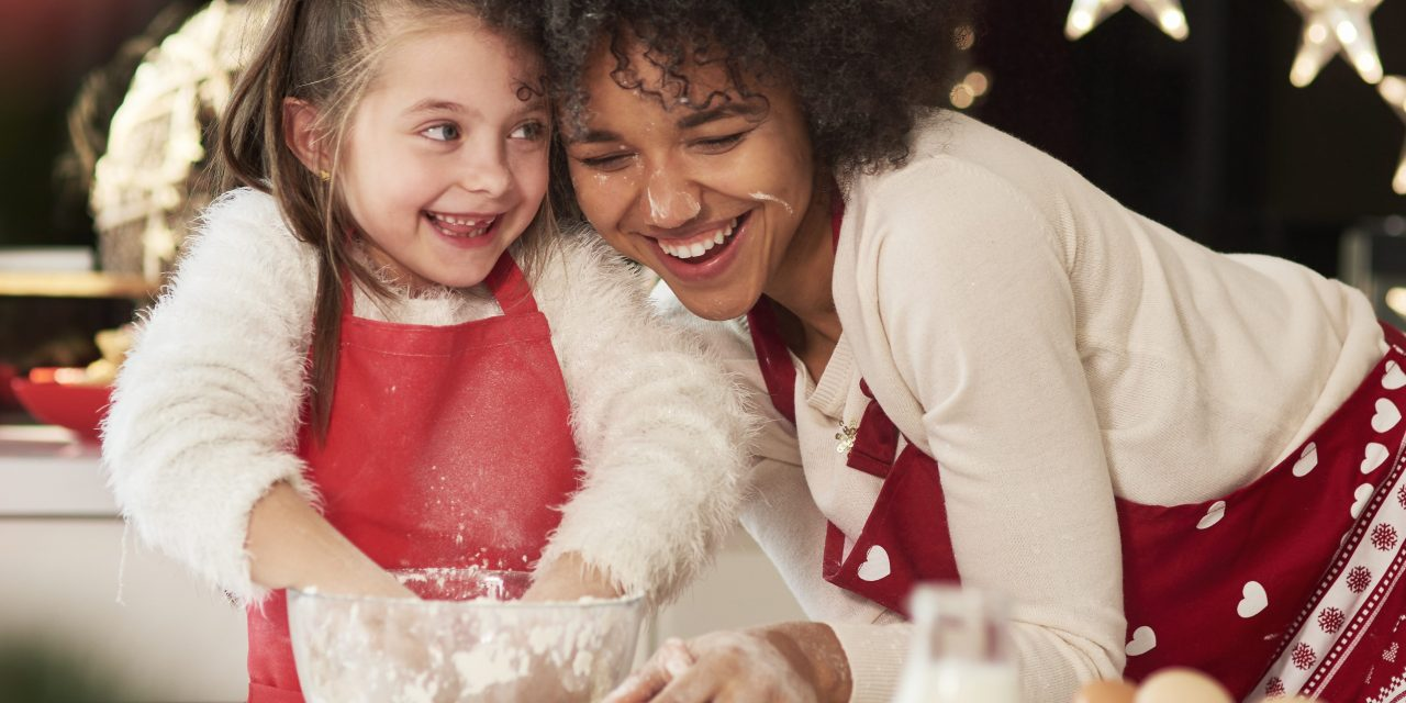 10 Fun Things to Do During Christmas Dinner with Kids
