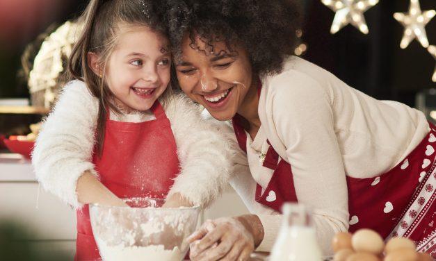 10 Fun ThingstoDo During Christmas DinnerwithKids