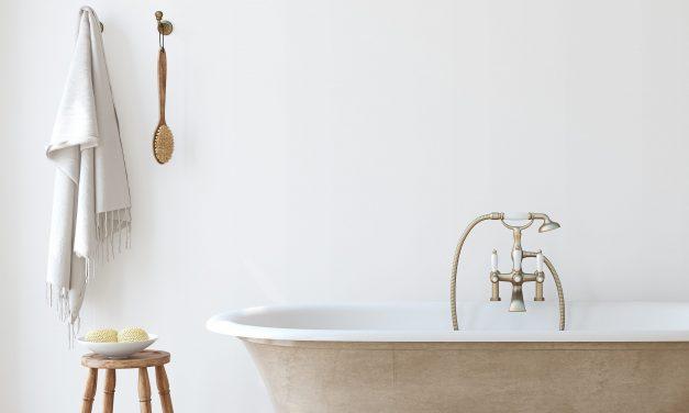 The Modern Farmhouse Bathroom: 10 Ideas to Update your Powder Room