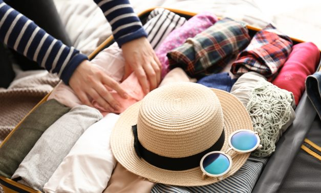 Best Ways to Pack a Suitcase –- 2021 Ultimate Travel Guide