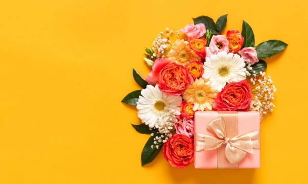 10 Sentimental Gifts for Mom This Mother's Day