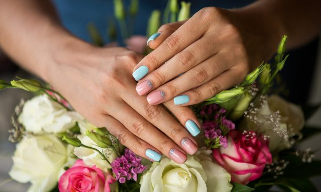 10 Best Press On Nails: Trends & Tips For Spring.