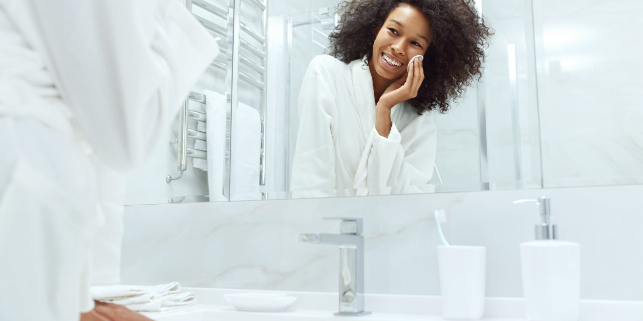 How To Get Rid Of Acne By Adding Salicylic Acid To Your Skincare Routine