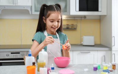 How To Make Oobleck: Easy Science Experiment For Kids