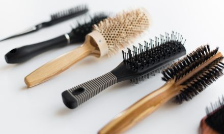 Guide To The 10 Best Hair Brushes For Every Hair Type To Try