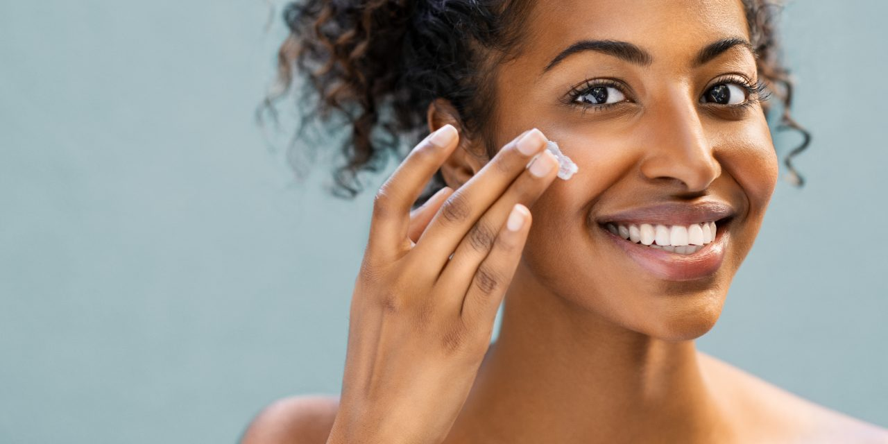 How To Get Rid Of Blackheads At Home – 10 Methods