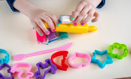 Best Play Doh Recipe: Learn the Easiest Way to Make Playdough for Kids
