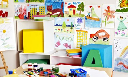 How To Set Up An Arts & Crafts Station for Kids