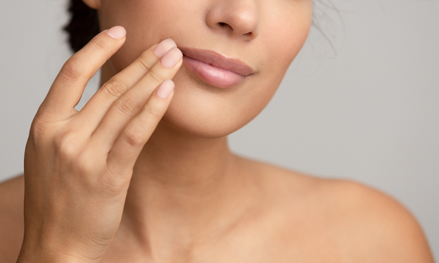 The Ultimate Guide to Lips: Care & Color