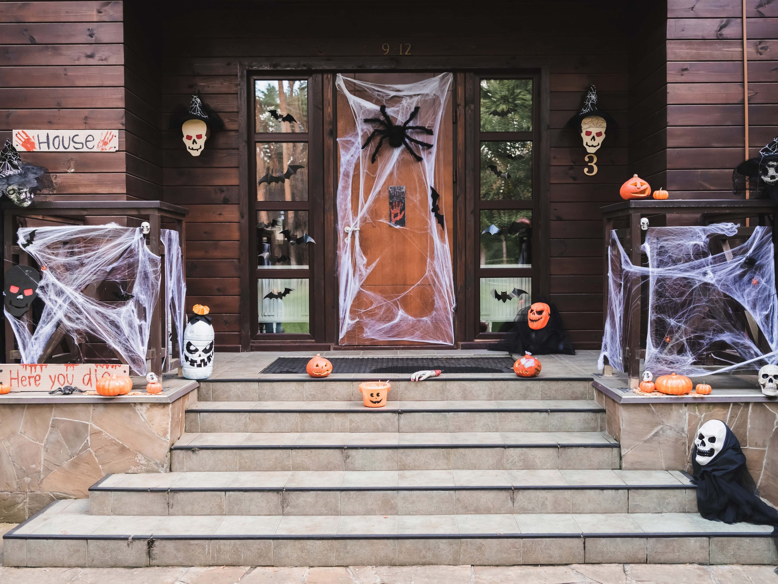 Spooky Front Porch Halloween